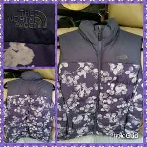 North Face Women's Floral Vest NWOT